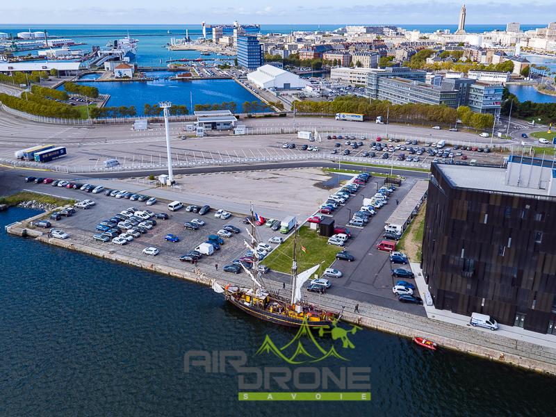 """Navire marchand """"Très Hombres"""" a quai. Port du Havre"""